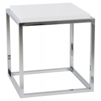 White coffee or side table, cubic shape, with wooden top and feet in chromed metal KVADRA