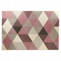Scandinavian rectangular rug, predominantly pink, water-repellent and anti-static